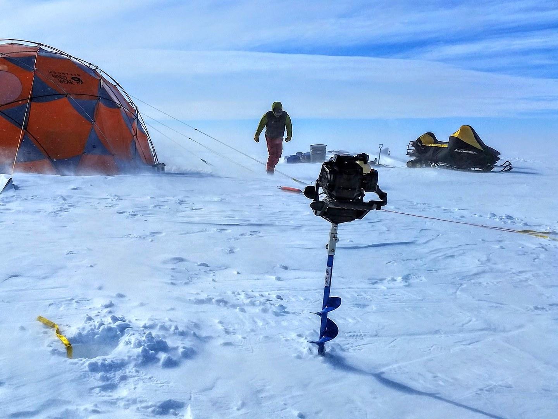 """Das Camp in der """"Patriot Hills Blue Ice Area"""","""