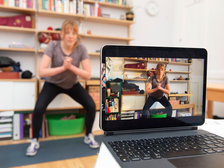 Adipositas-Schulungsprogramm per digitalen Live-Unterricht: