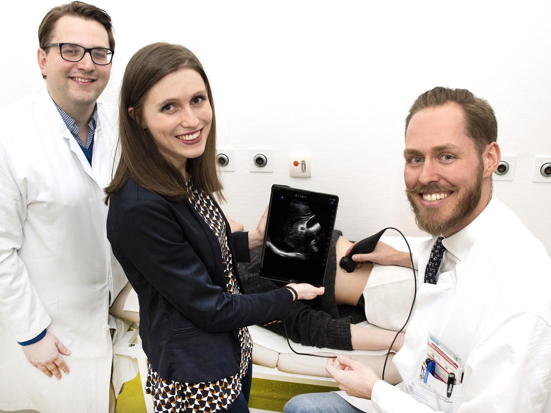 Bonner Medizinische Fakultät etabliert Ultraschallgerät für die Kitteltasche in der Lehre: