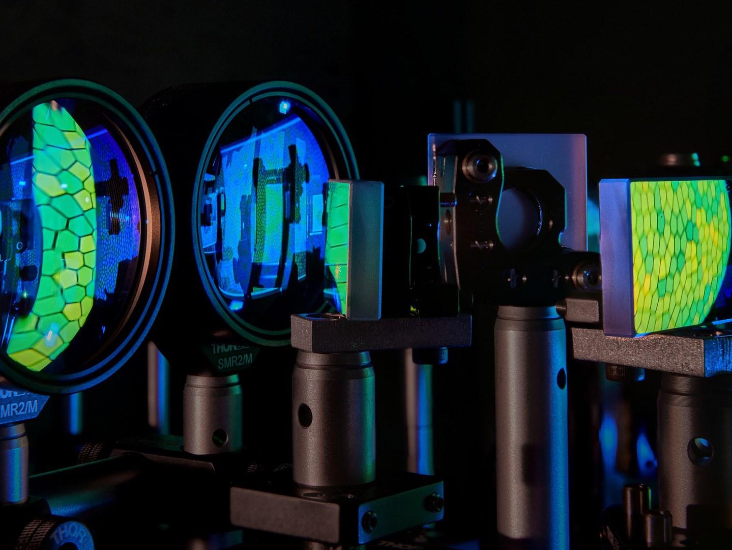 Im Labor der Adaptiven Optiken an der Bonner Universitäts-Augenklinik: