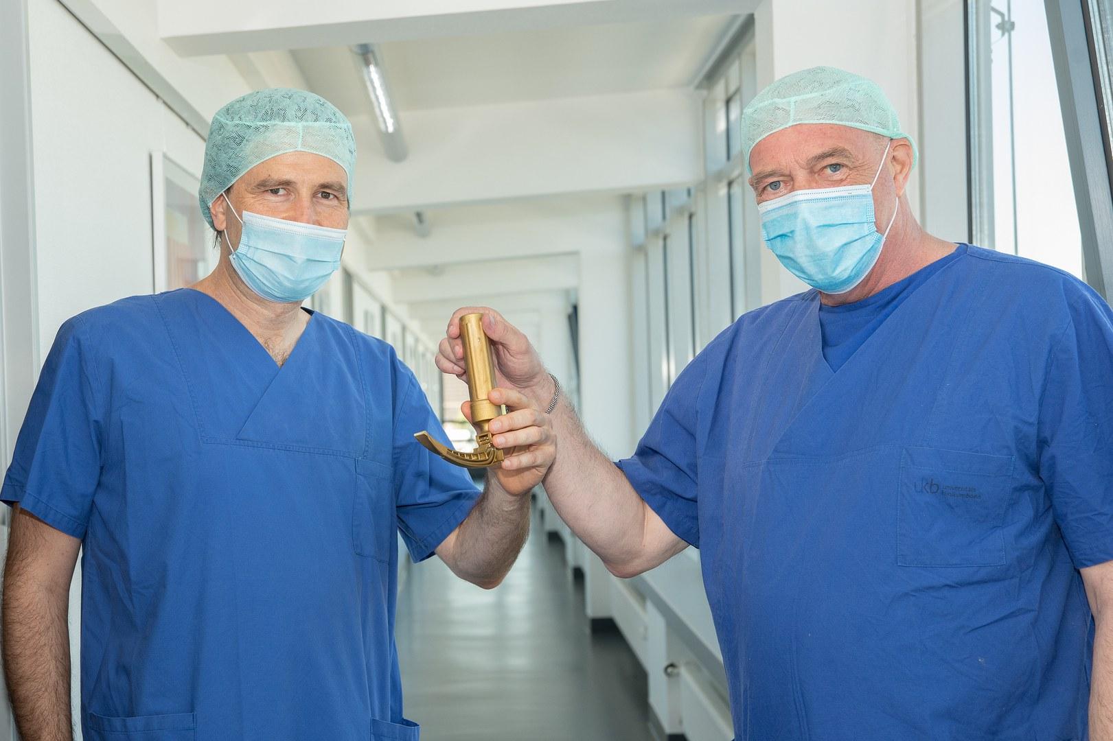 Amtsübergabe an der Klinik für Anästhesiologie und Operative Intensivmedizin des UKB: