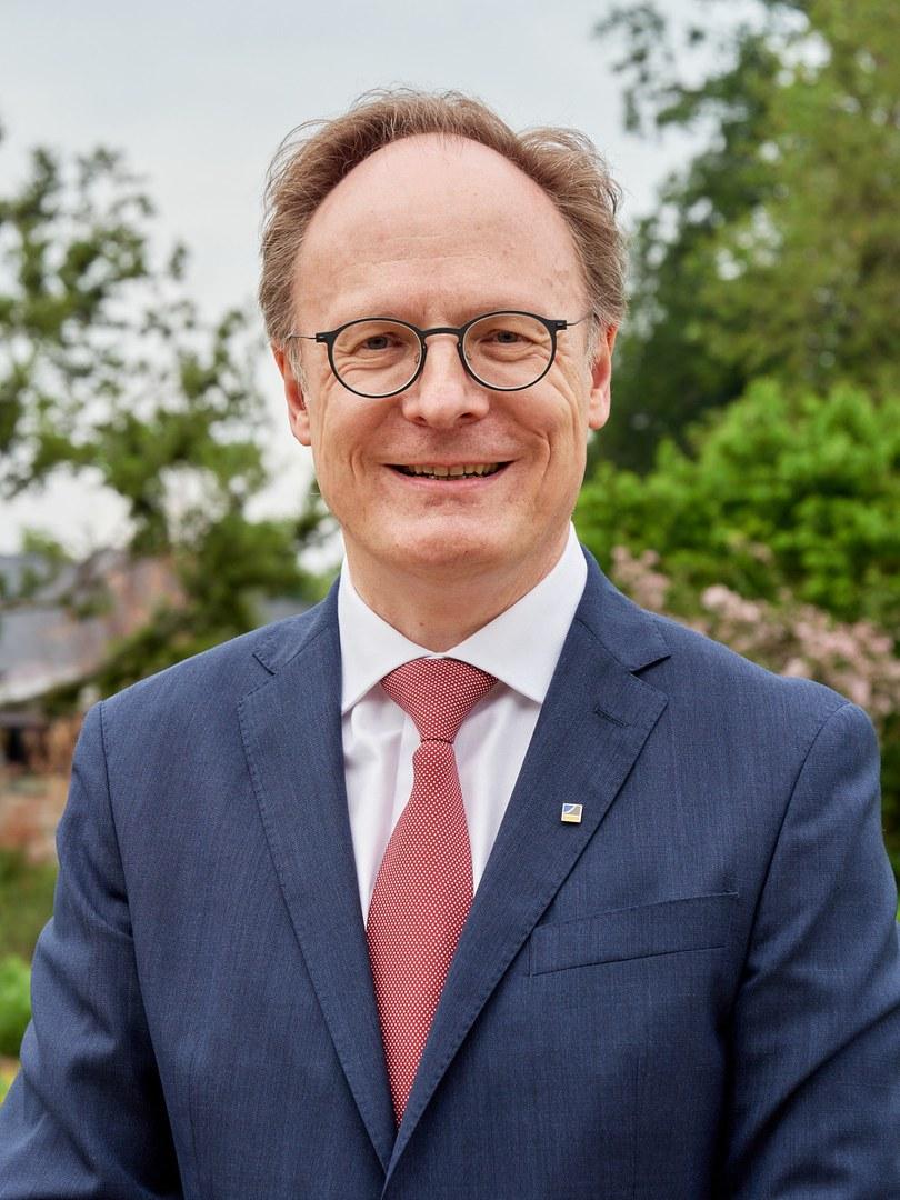 Prof. Dr. Rainer Hüttemann, Vorsitzender des Senats