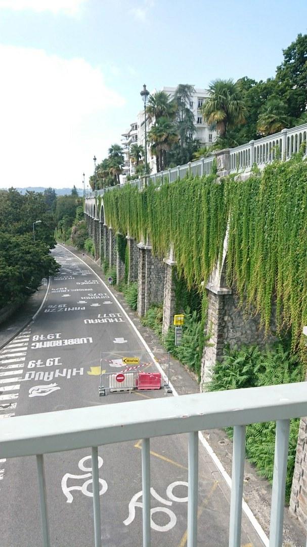 Ausgangssperre in Pau, Frankreich