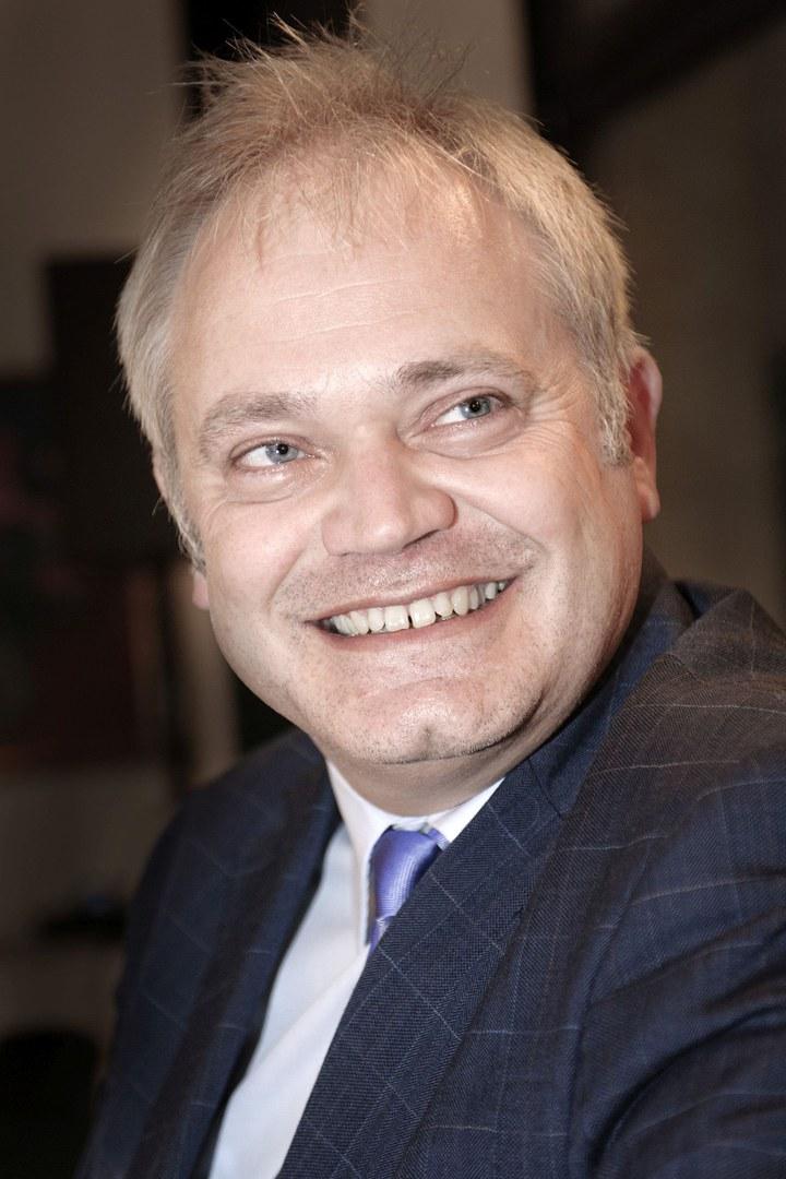 Prof. Dr. Hermut Löhr