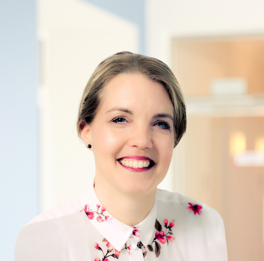 Prof. Dr. Christine Laudenbach