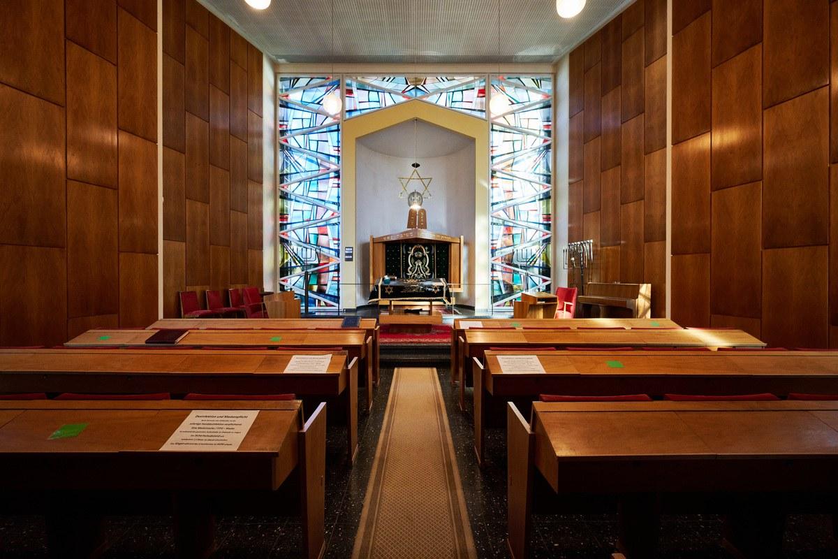Innenraum der Synagoge in Bonn