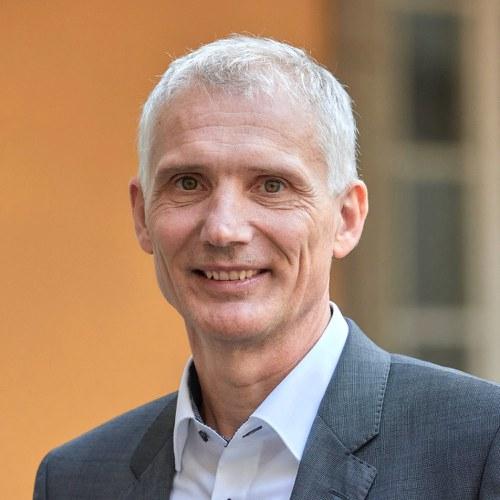 Gregor Hübl