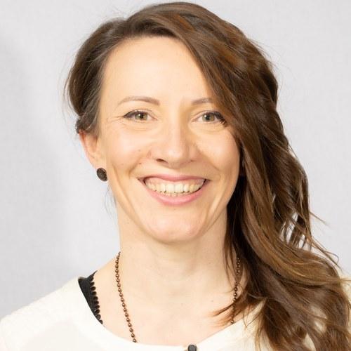 Daniela Hüll