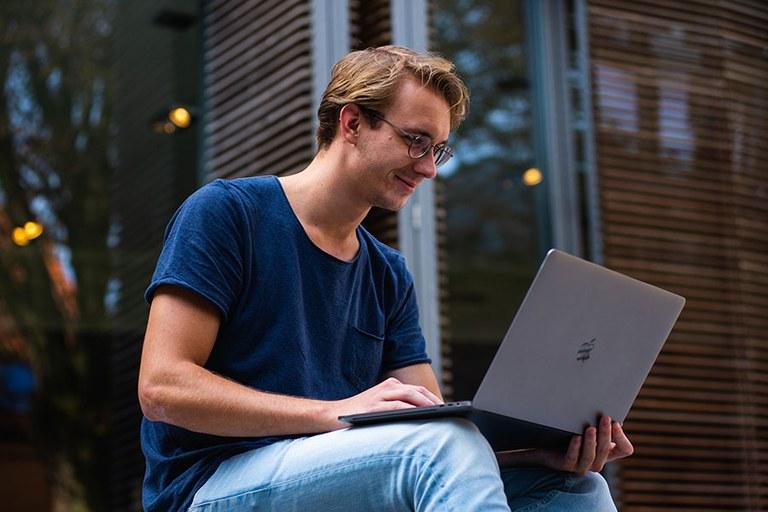 Bewerbung, Zulassung und Einschreibung — Universitt Bonn