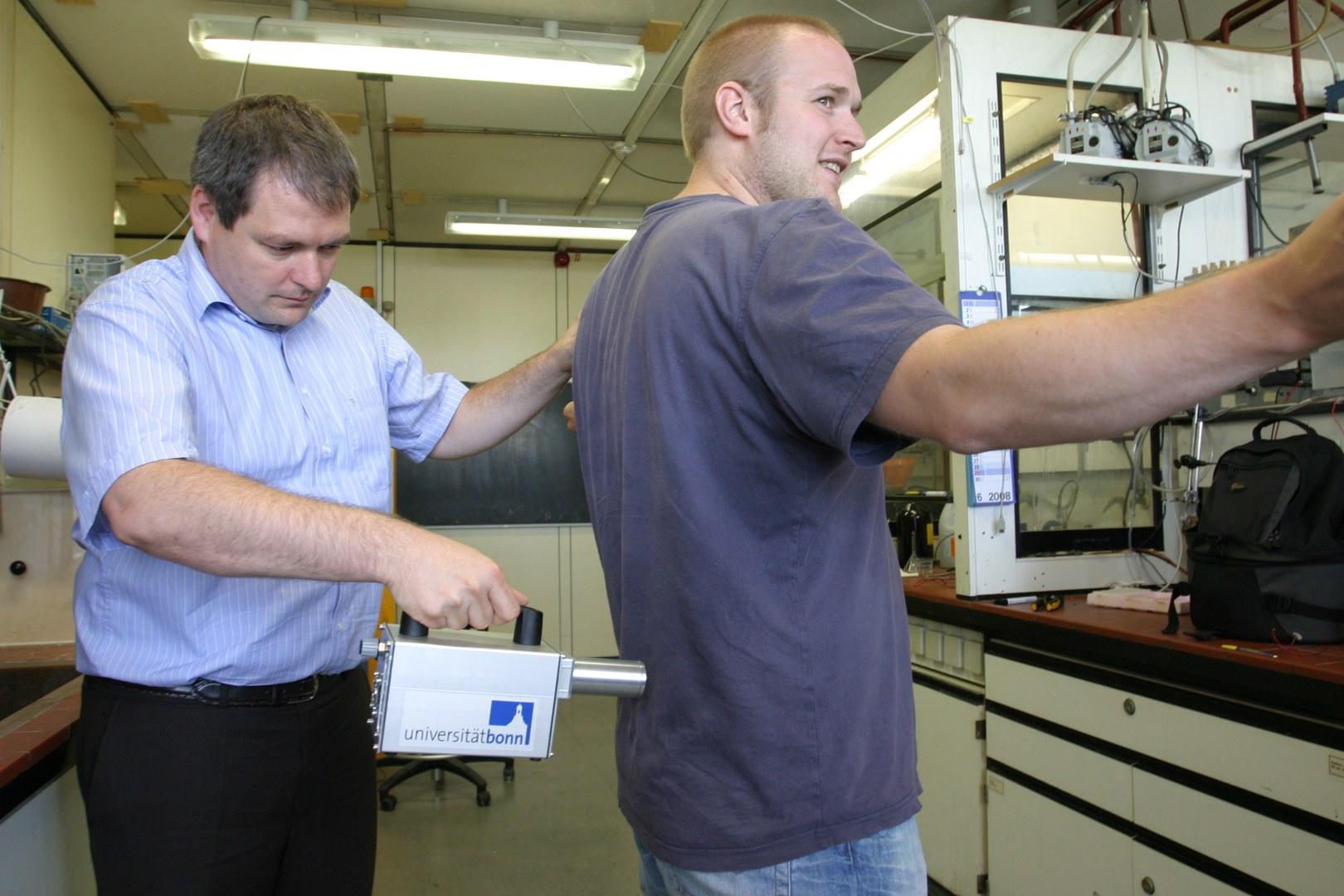 Bild Hochempfindlicher Sprengstoffschnüffler zum Mini-Preis
