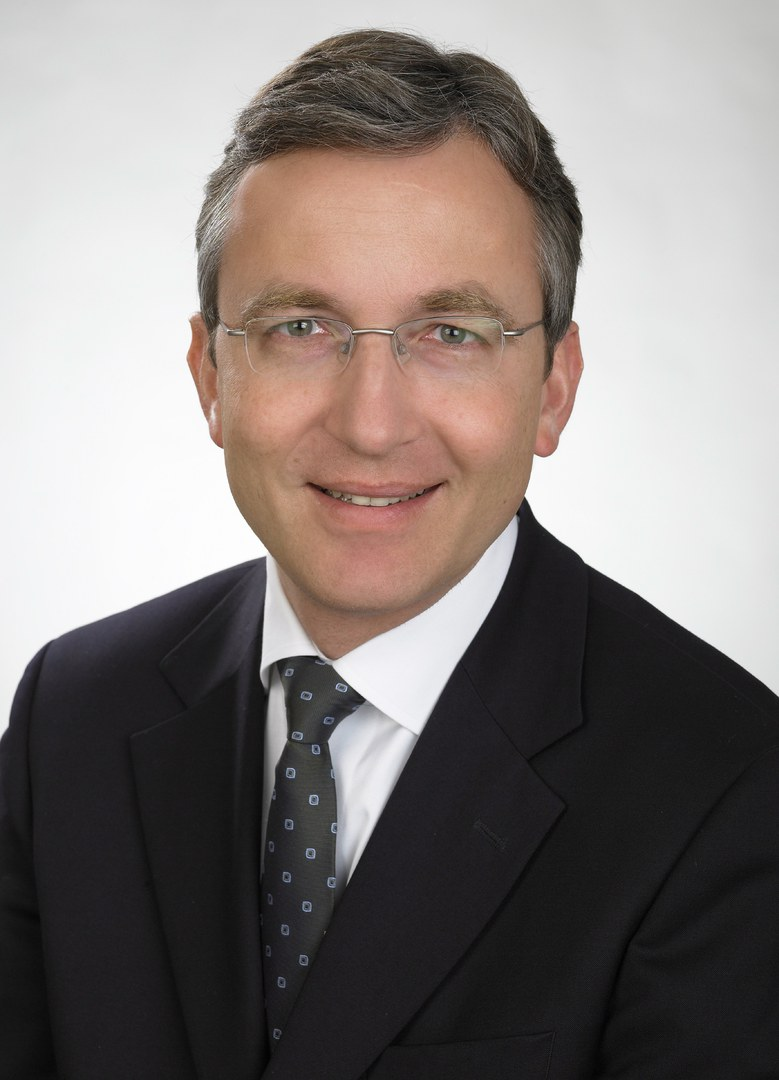 Professor Dr. med. Frank Holz
