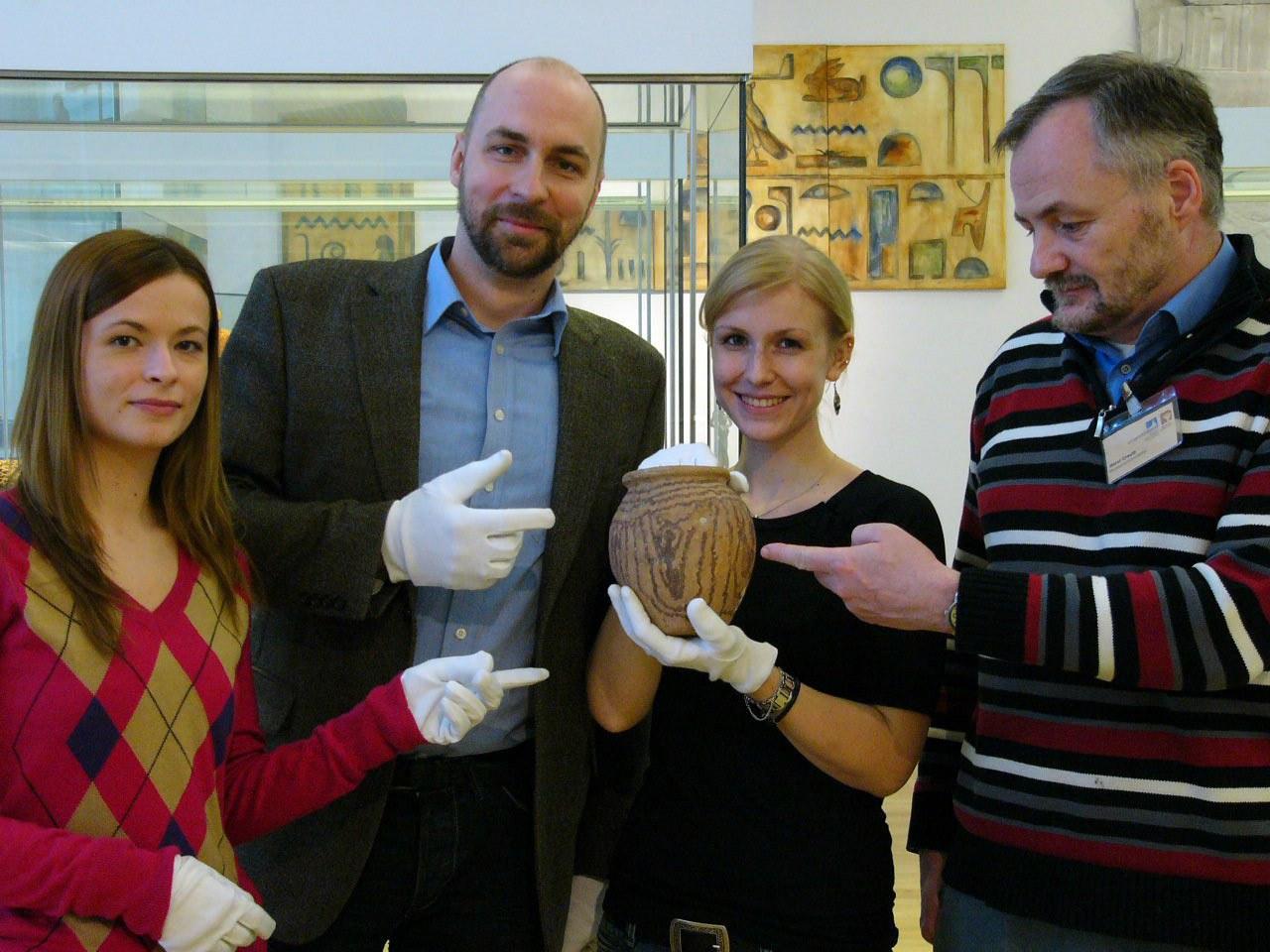 Rund 6.000 Jahre altes Gefäß