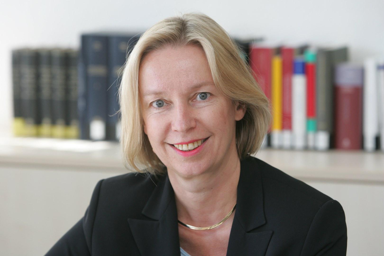 Prof. Dr. Nina Dethloff