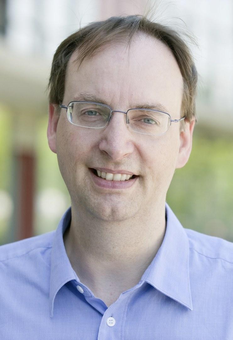 Prof. Dr. Christian Kurts,