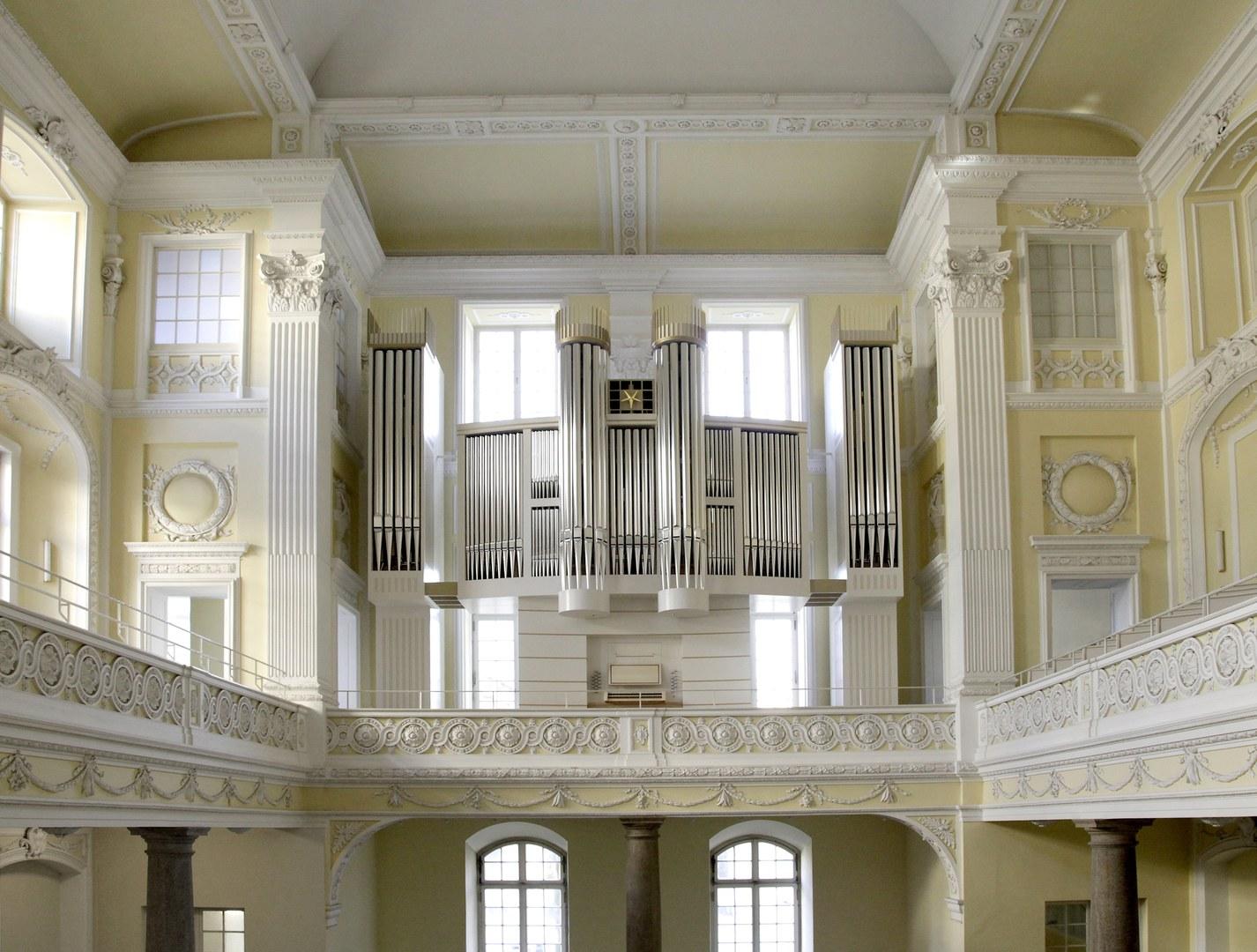 orgel schlosskirche_(c) schafgans_1.jpg