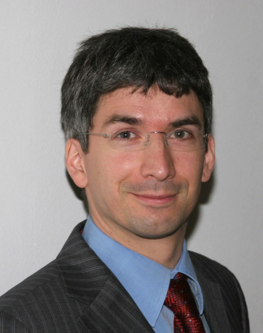Prof. Dr. med. Peter Charbel Issa