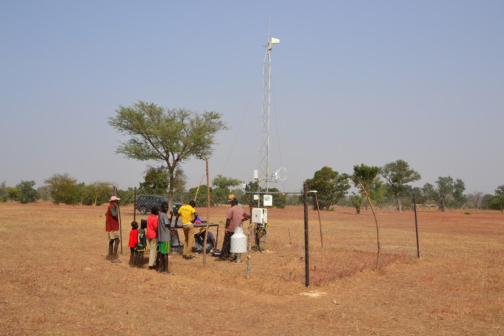 Aufbau einer WASCAL-Messstation