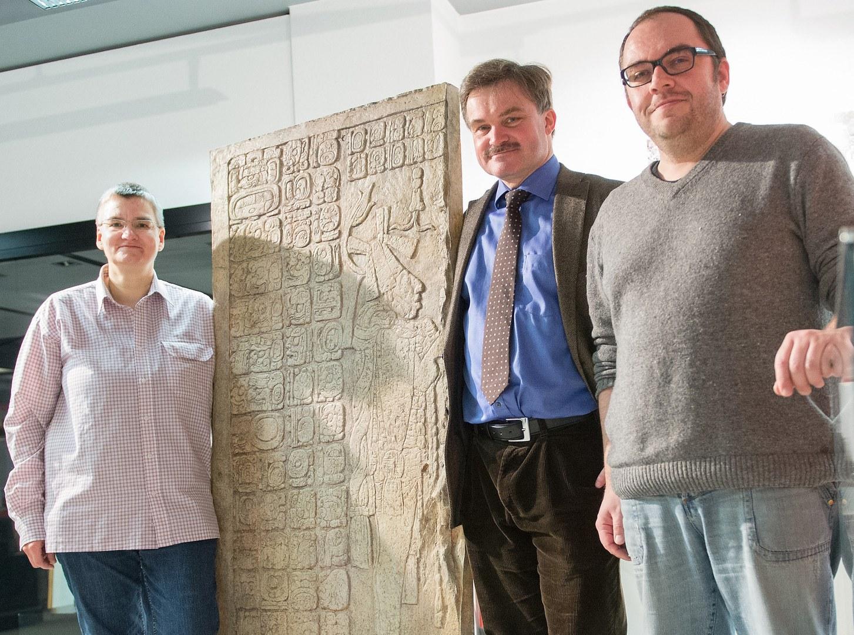 Hieroglyphenplatte:
