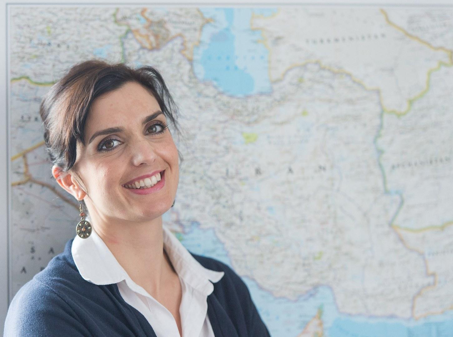 Dr. Jasmin Khosravie