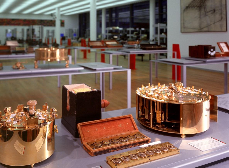 Hahn'sche Rechenmaschine von 1774. Das Modell im Arithmeum