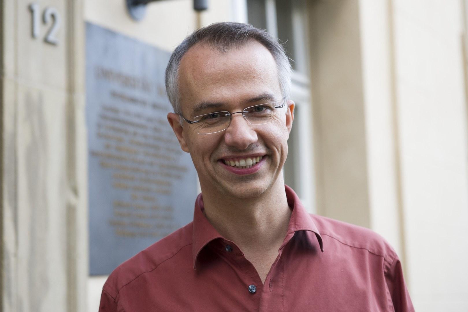 Dr. Markus Cristinziani