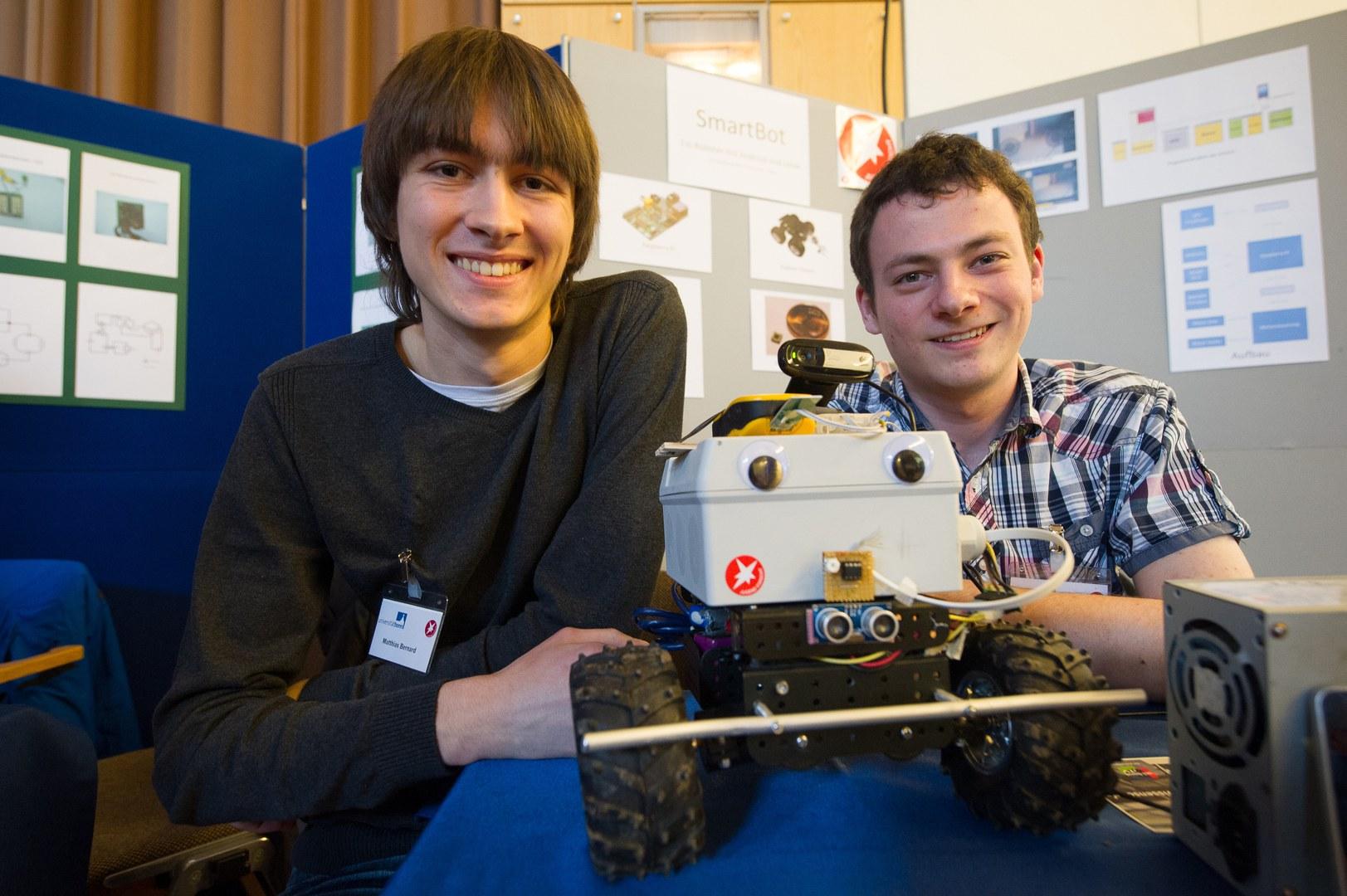 Ein per Smartphone steuerbarer Roboter