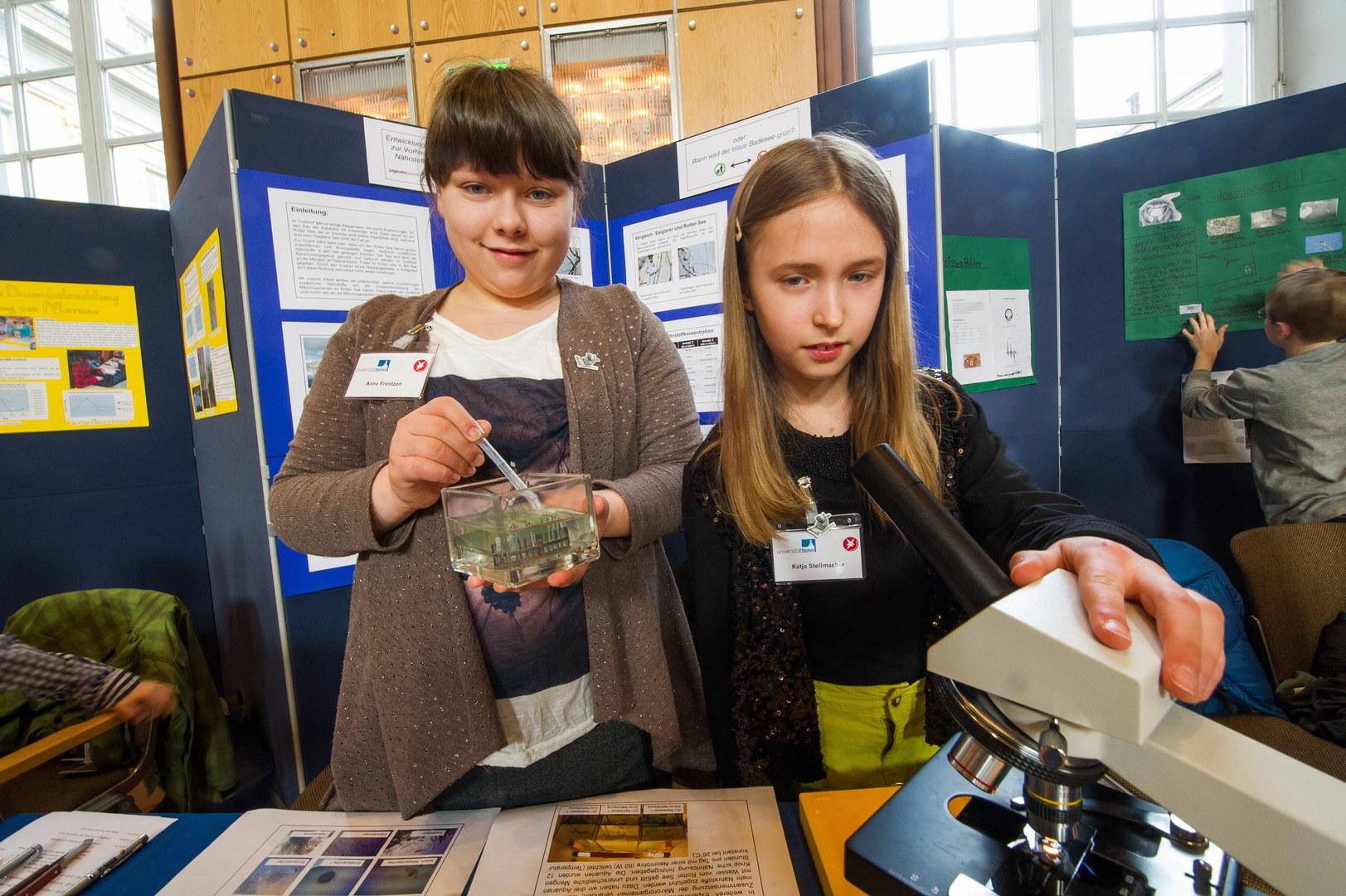 Gewannen bei Schüler experimentieren den ersten Preis im Fachgebiet Biologie: