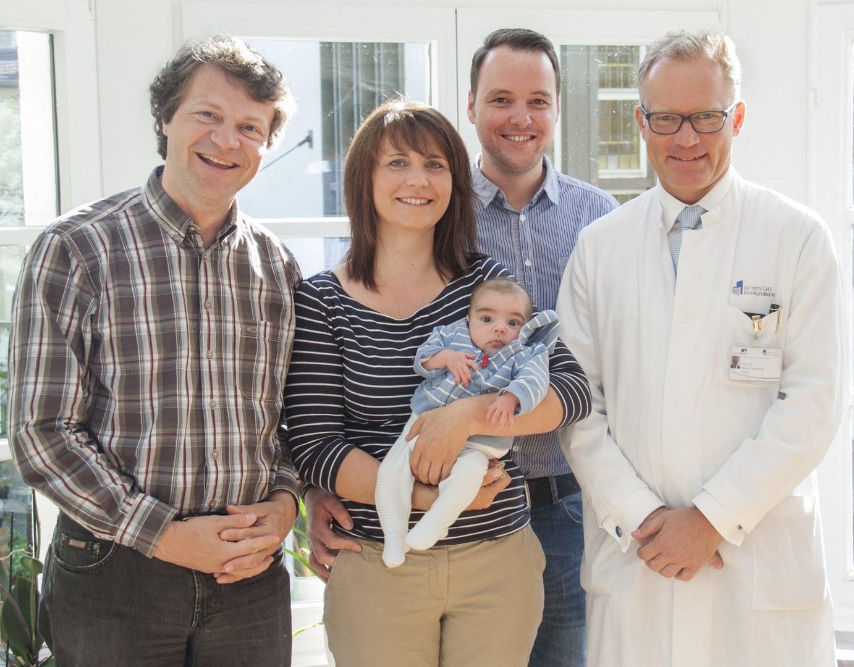 Erste pädiatrische Lebertransplantation in Bonn:
