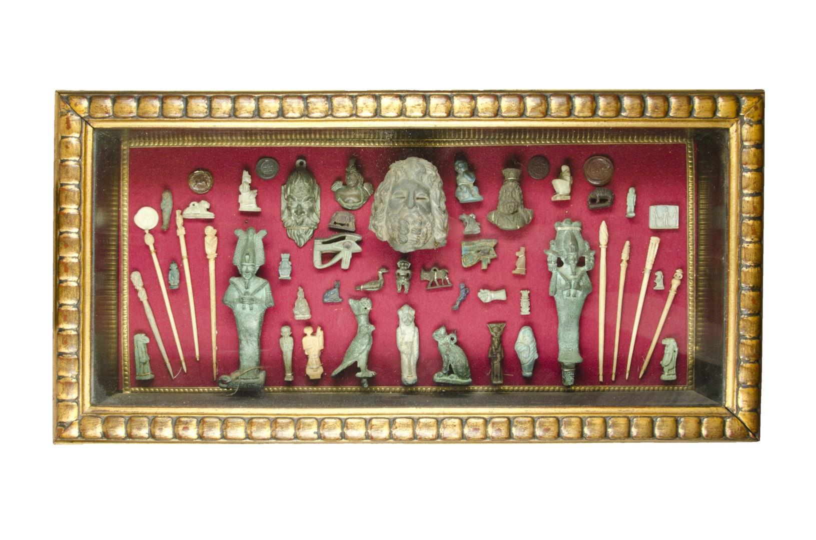 Tableau mit Objekten der Sammlung Gahl-Schoeller