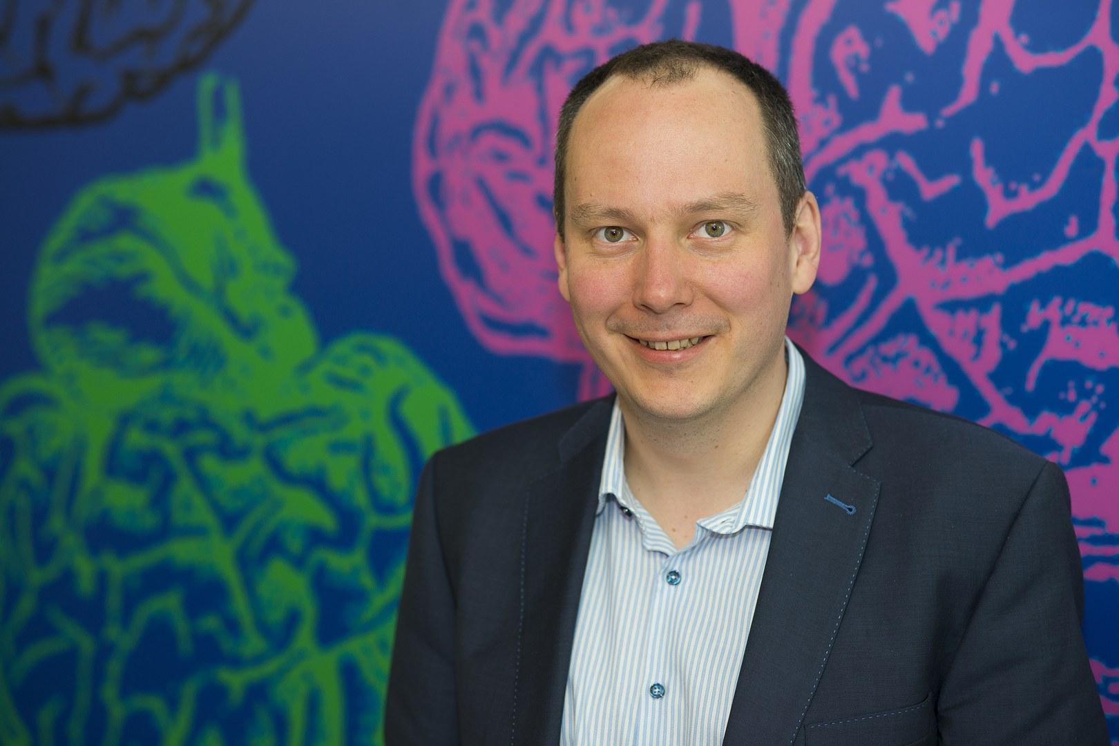 Prof. Dr. Bernd Weber