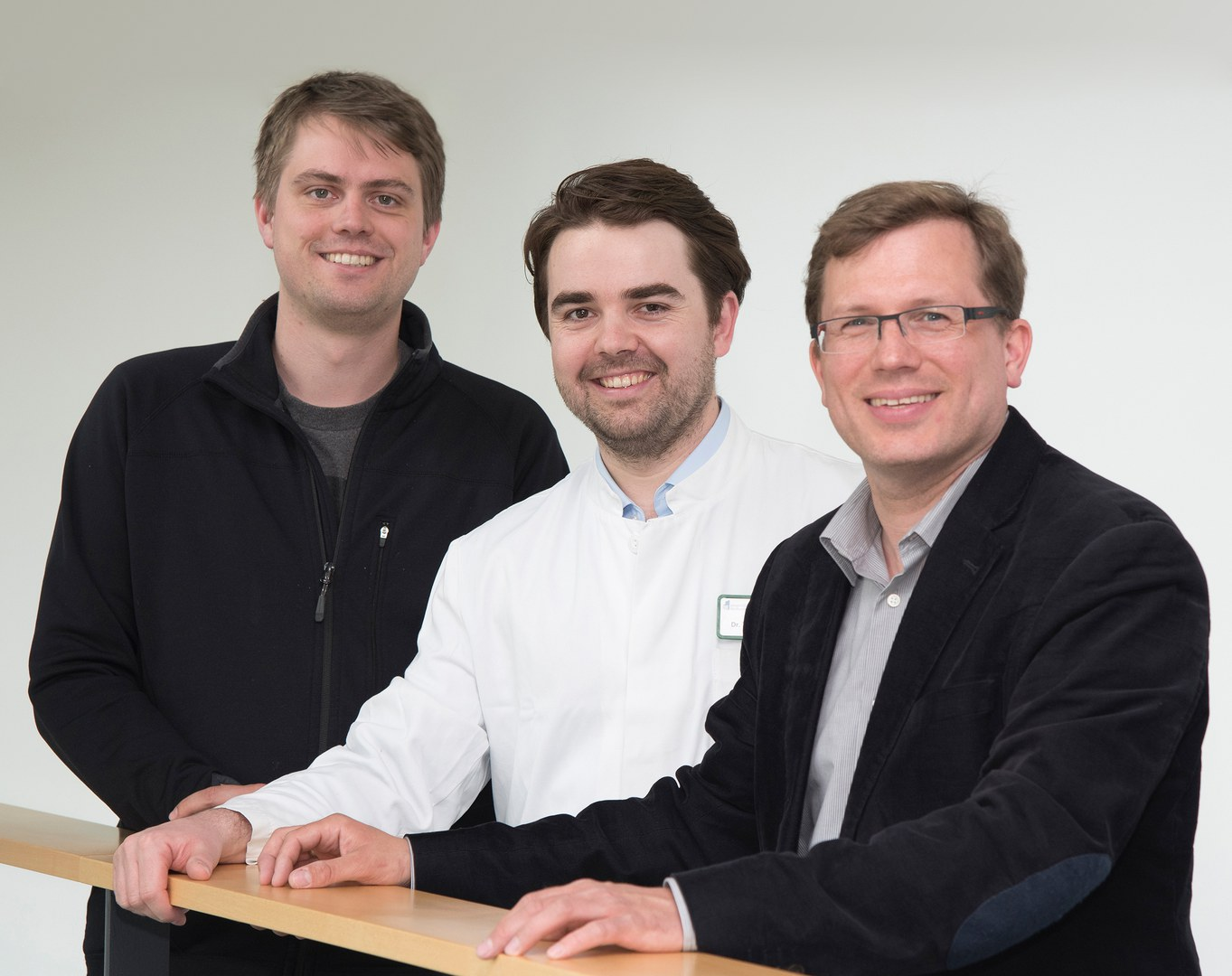 Dr. Tobias Brügmann, Dr. Tobias van Bremen und Juniorprofessor Dr. Philipp Sasse