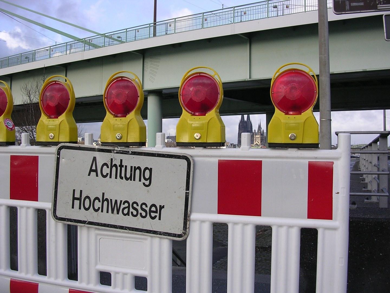 Achtung-Hochwasser.jpg