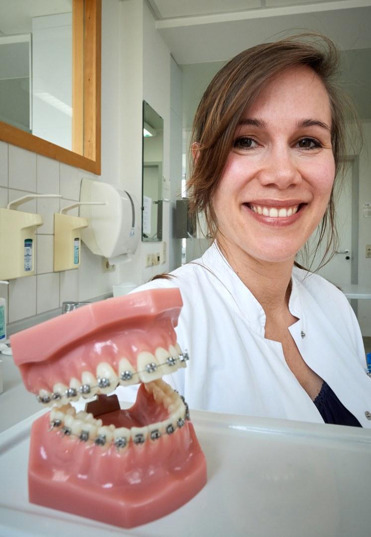 Dr. Lina Gölz
