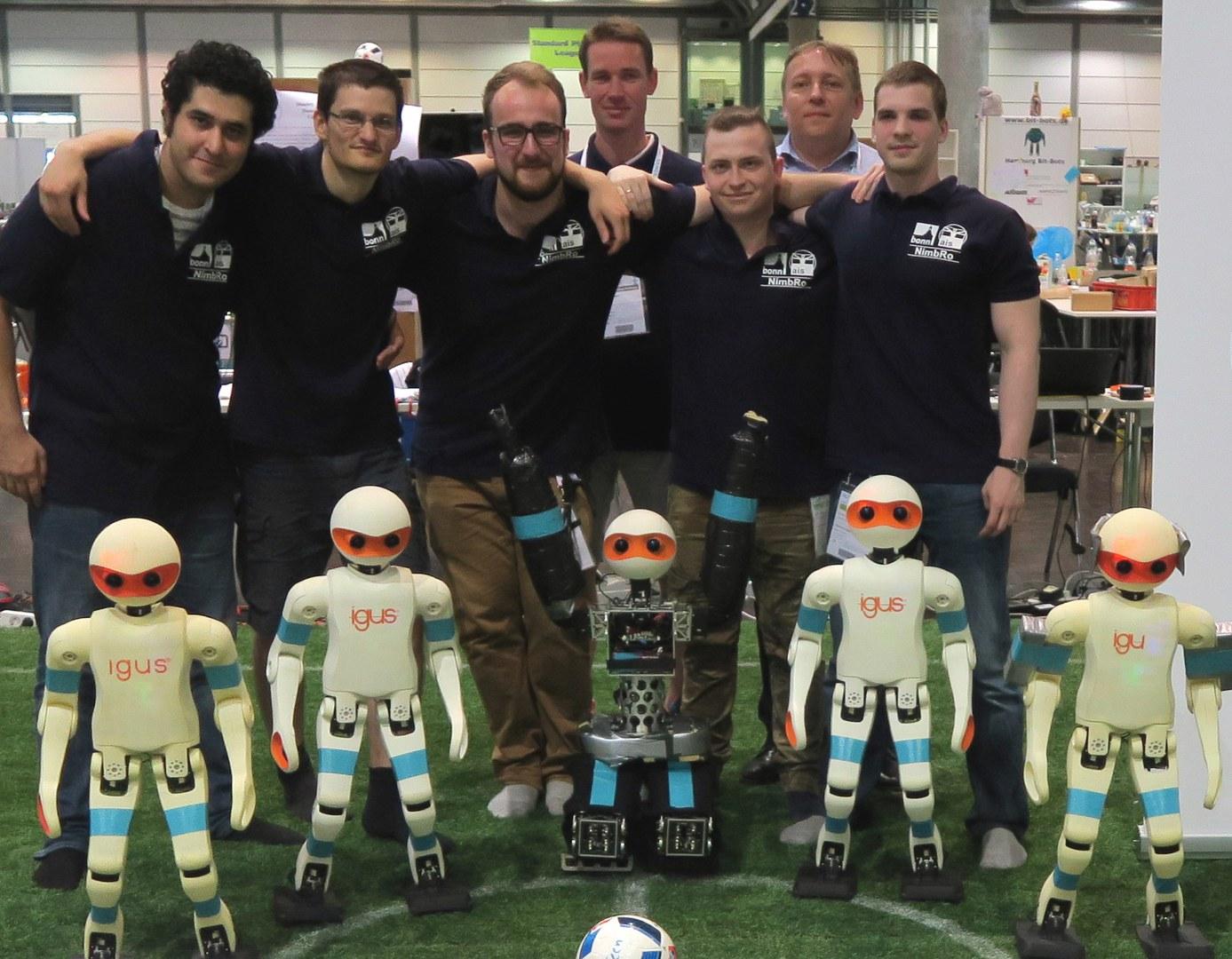 Das siegreiche Team NimbRo der Universität Bonn: