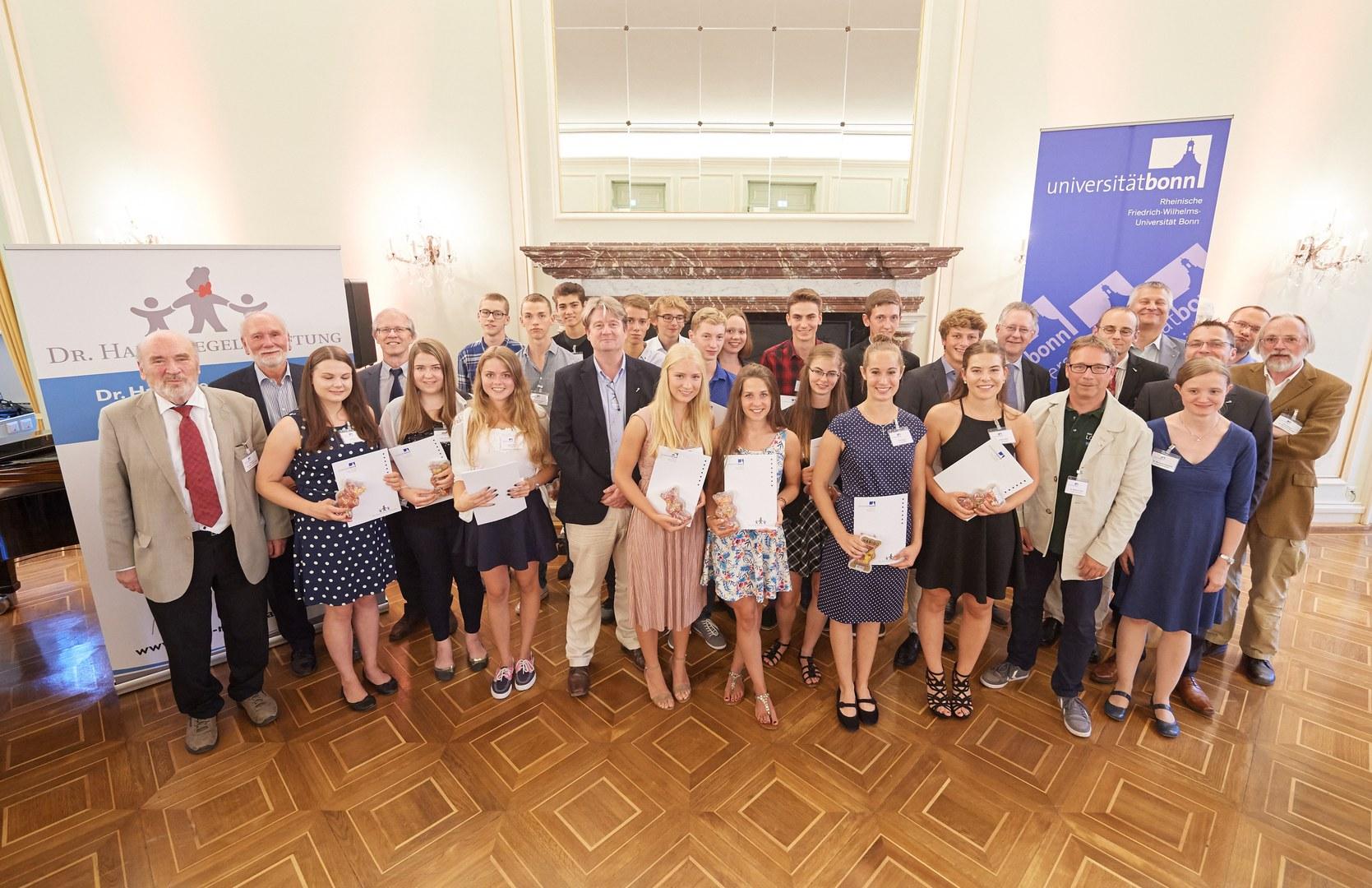 Verleihung der Dr. Hans Riegel-Fachpreise an der Universität Bonn: