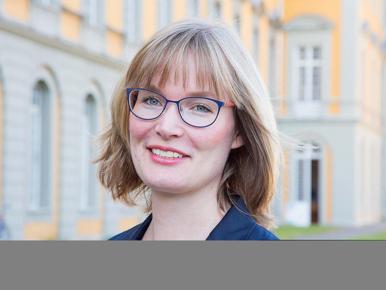 Dr. Sara Heinze
