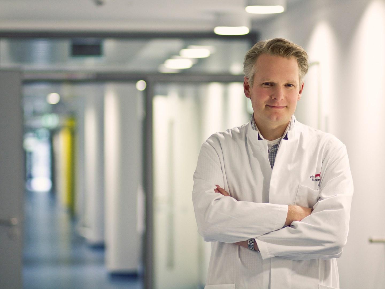 Prof. Dr. Eicke Latz,