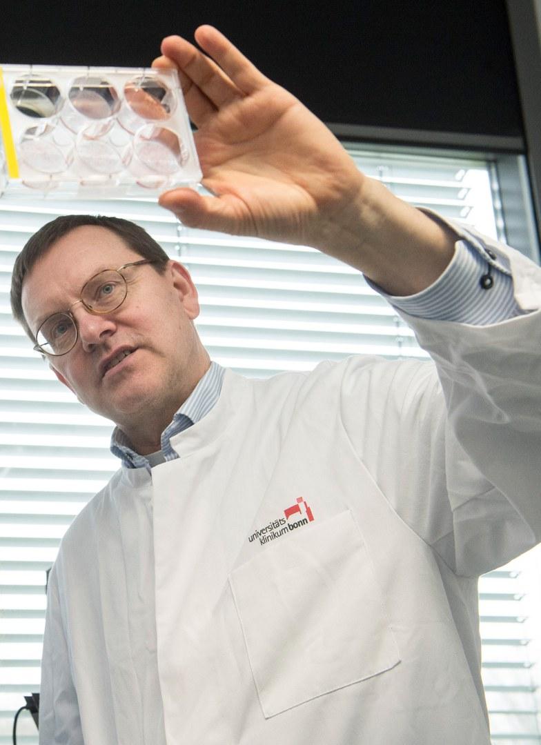 Prof. Dr. Alexander Pfeifer