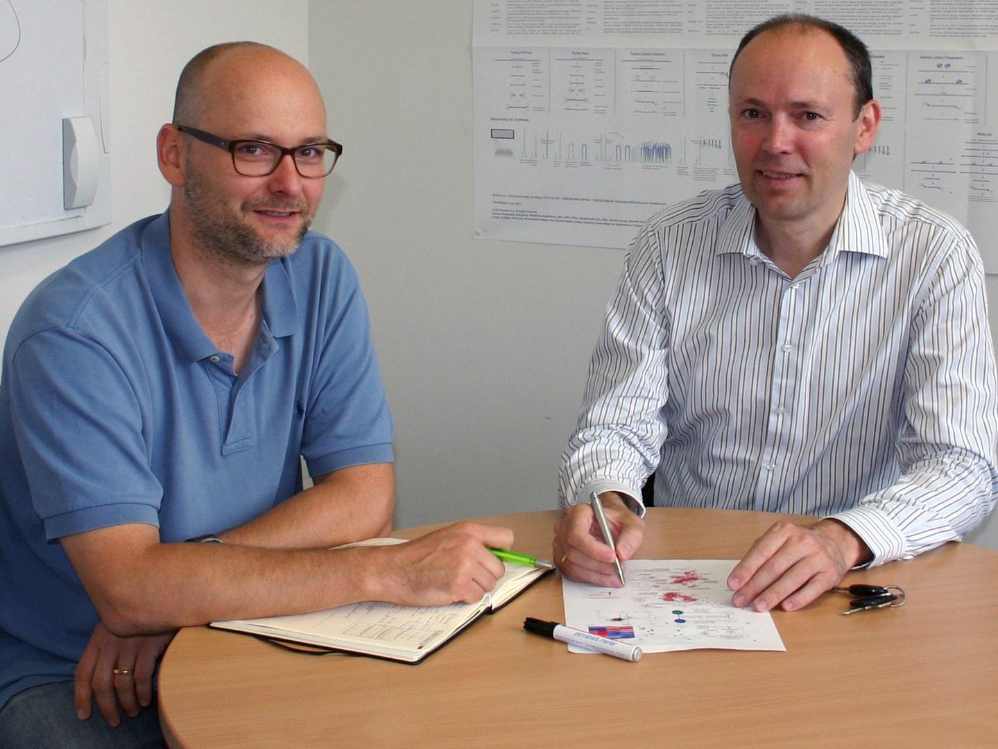 Prof. Dr. Joachim Schultze (rechts) und Dr. Marc Beyer,