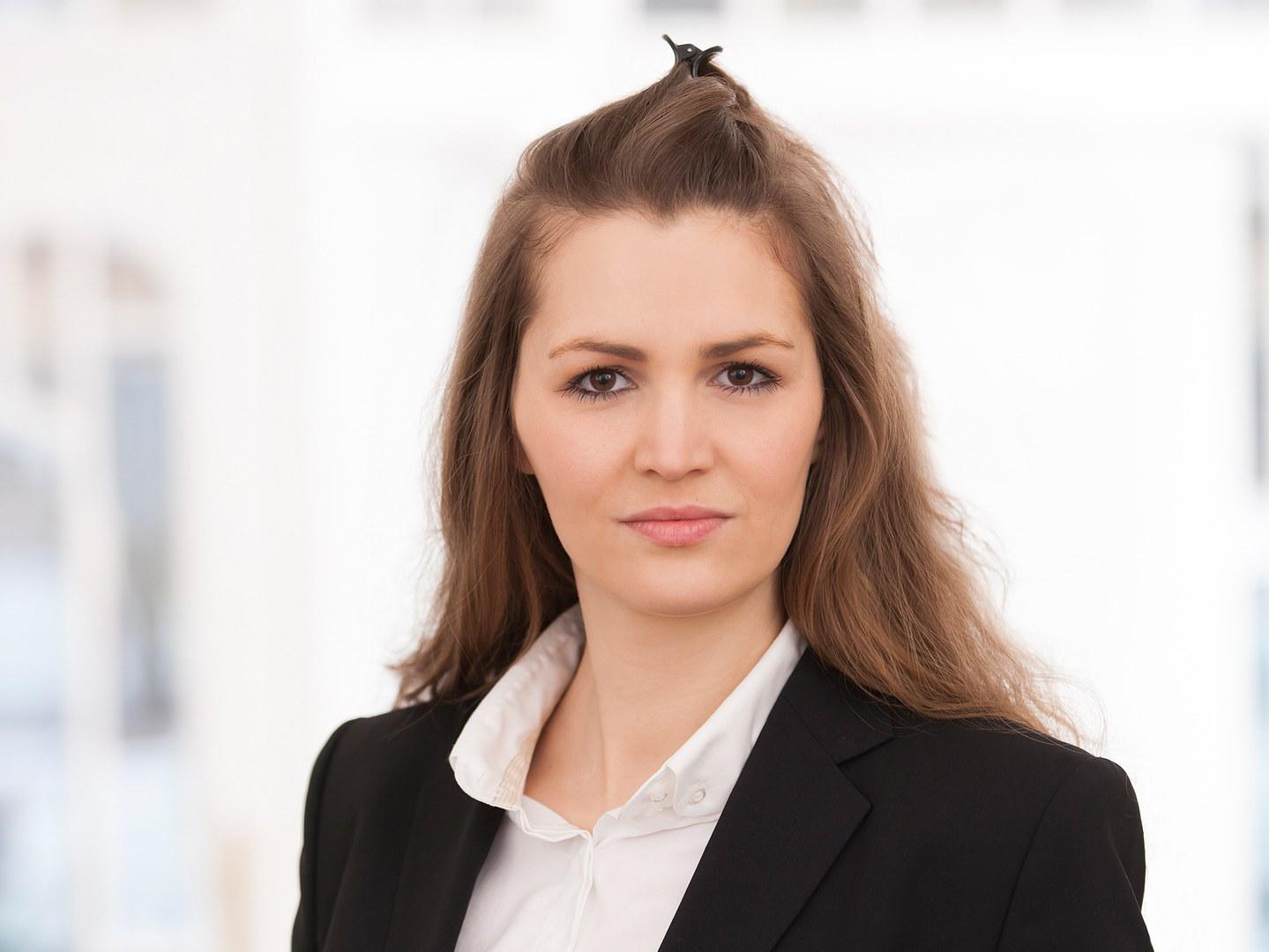 Nora Schütte