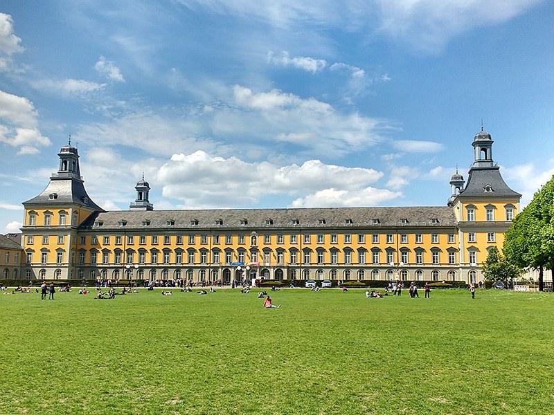 Das Hauptgebäude der Universität Bonn