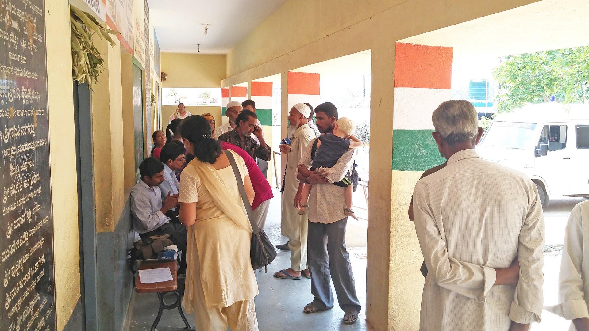 Augen-Screening mit umgerüsteten Smartphones in Indien: