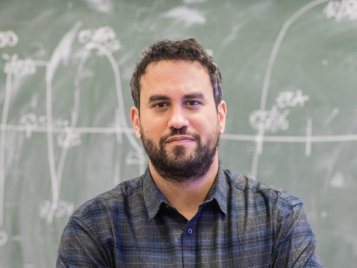 Dr. Andreas Schmitz