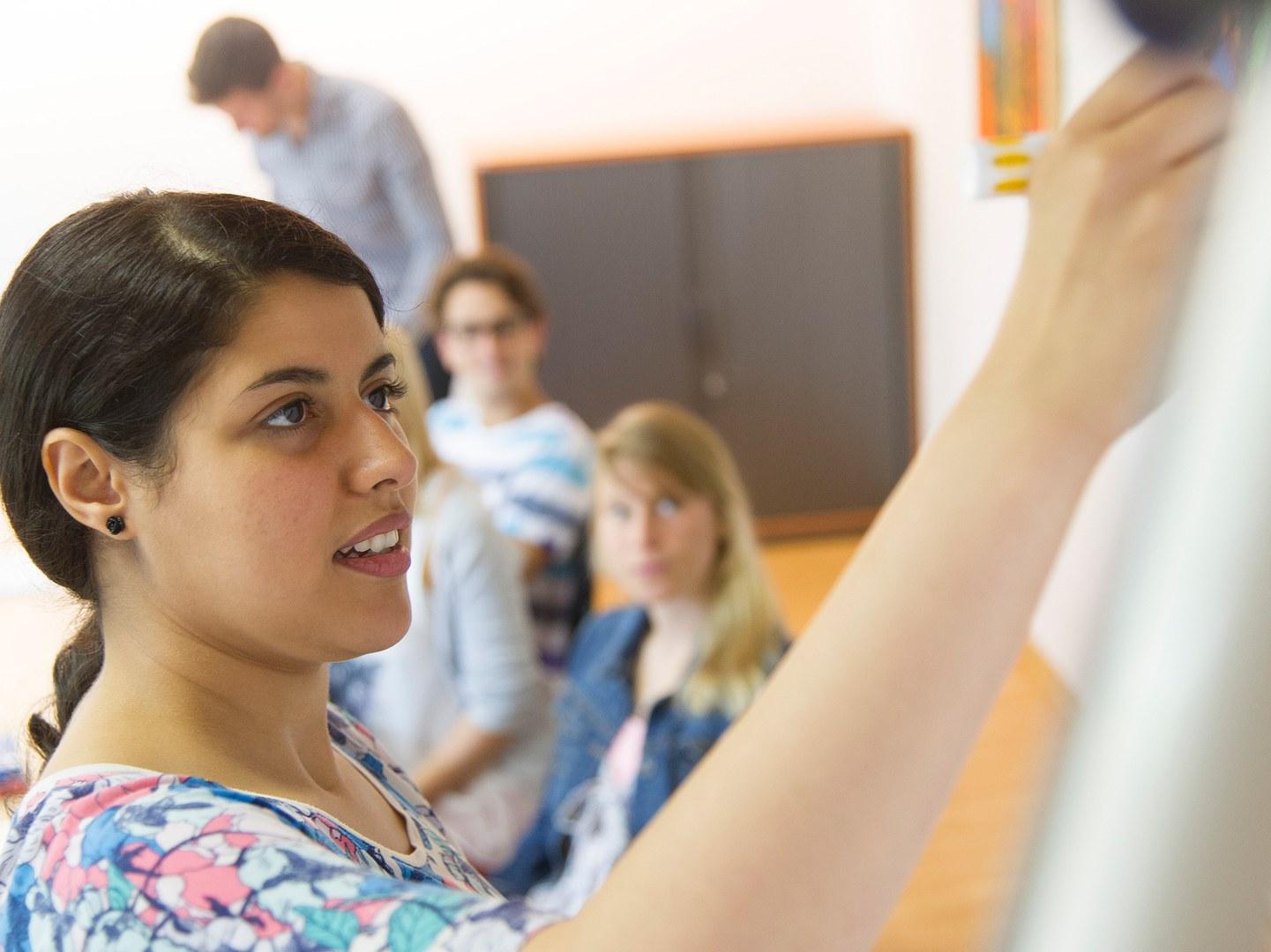 Die Universität Bonn hilft bei der Studienorientierung