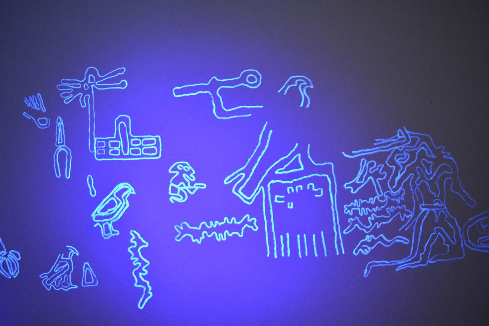 Die unsichtbaren Felsbilder unter UV-Licht