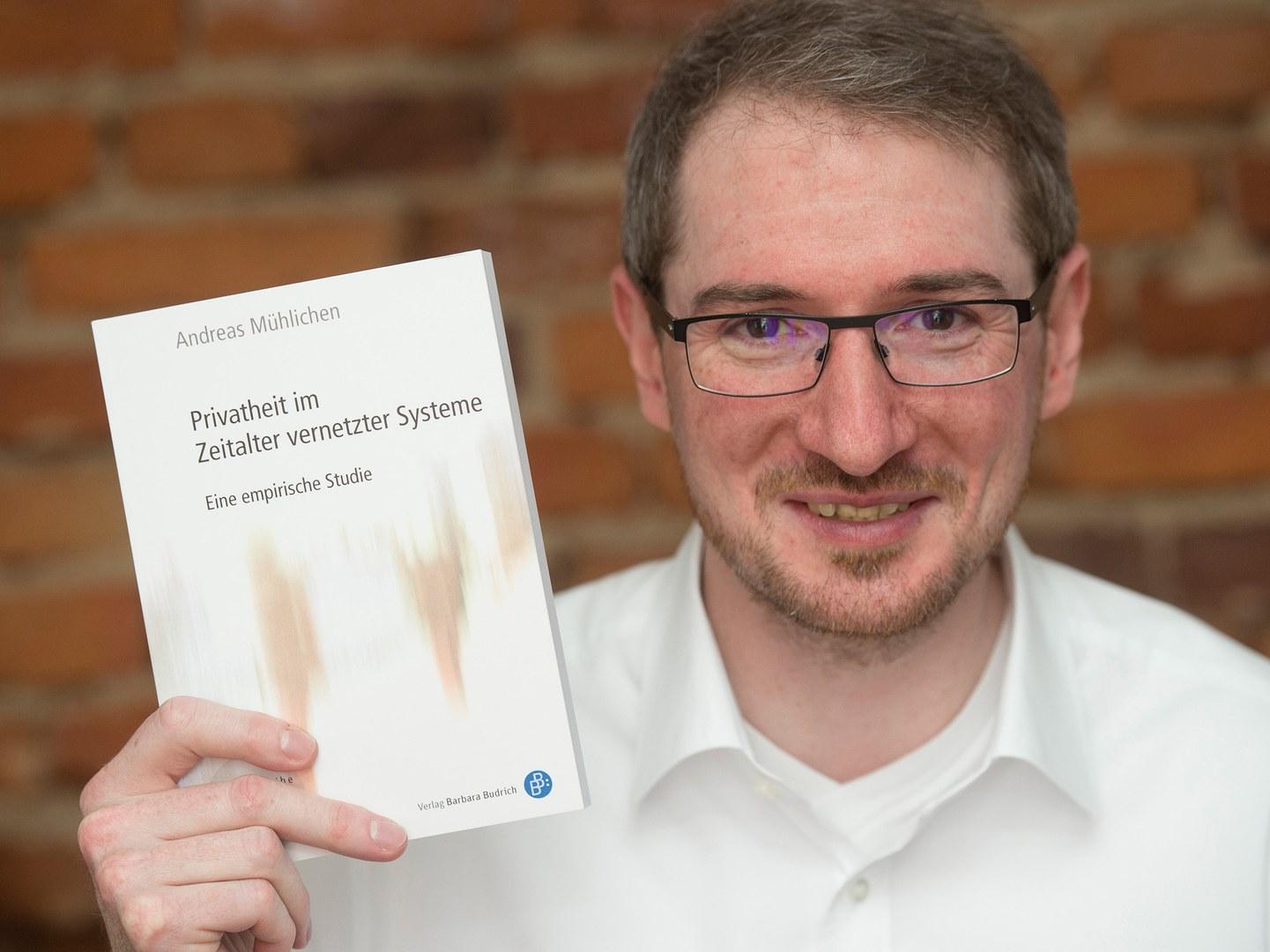 Dr. Andreas Mühlichen