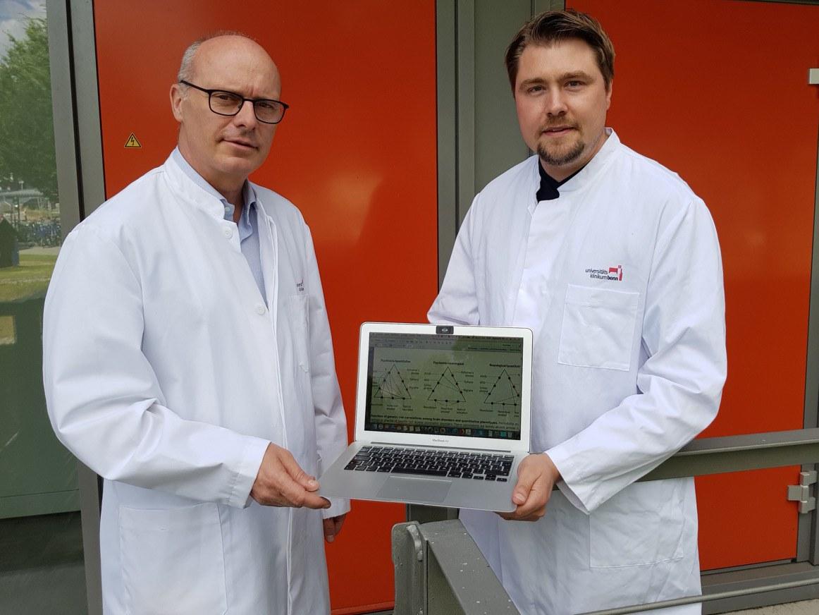 Prof. Dr. Markus M. Nöthen (links) und Dr. Andreas Forstner