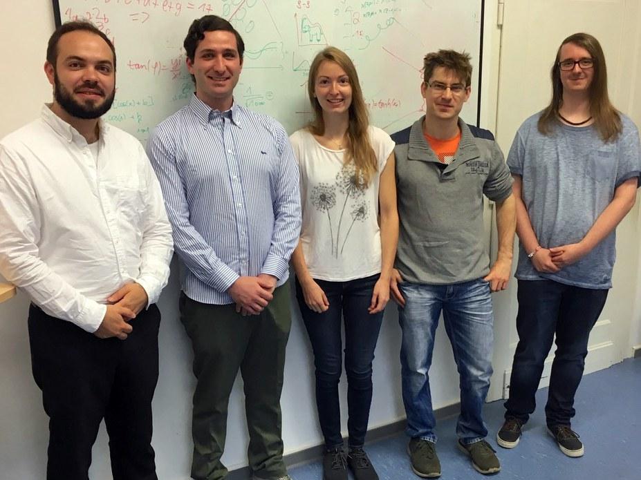 An den Messungen haben auch fünf Doktoranden der Universität Bonn mitgewirkt:
