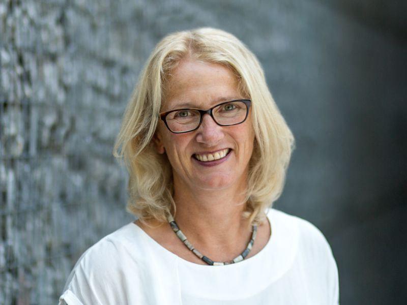 Prof. Dr Juliane Fluck