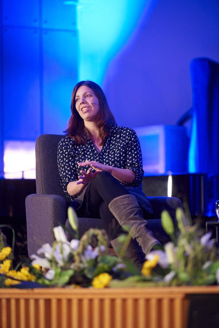 Dr. Vanessa Schmitt:
